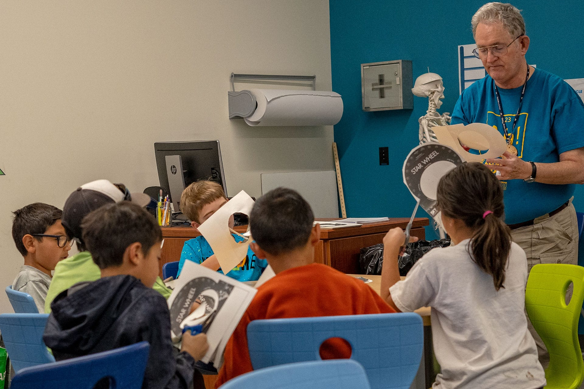 Intergenerational Learning comes to The Commons of Hilltop